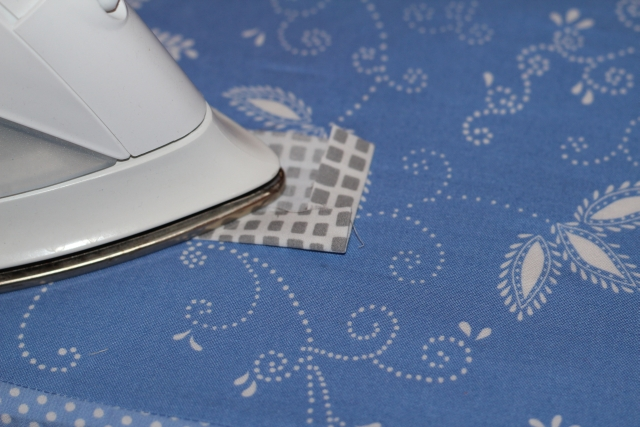 Stoffklappe bügeln