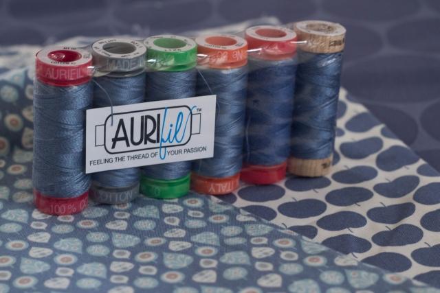 Aurifil blau