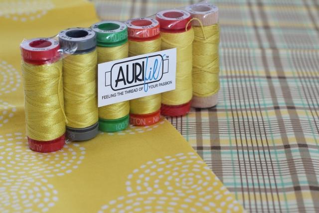 Aurifil gelb
