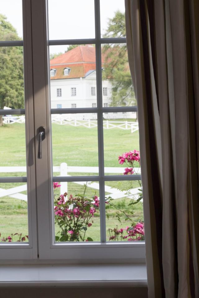 Hotelzimmer Burgunder Ausblick