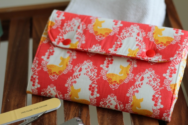 Snappy Manicure Wallet Front