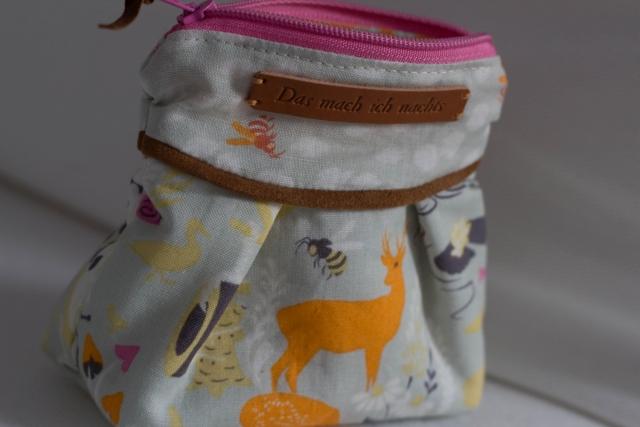 Moonshine Tasche beige Detail Tiere