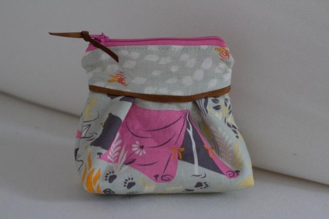 Moonshine Tasche beige hinten