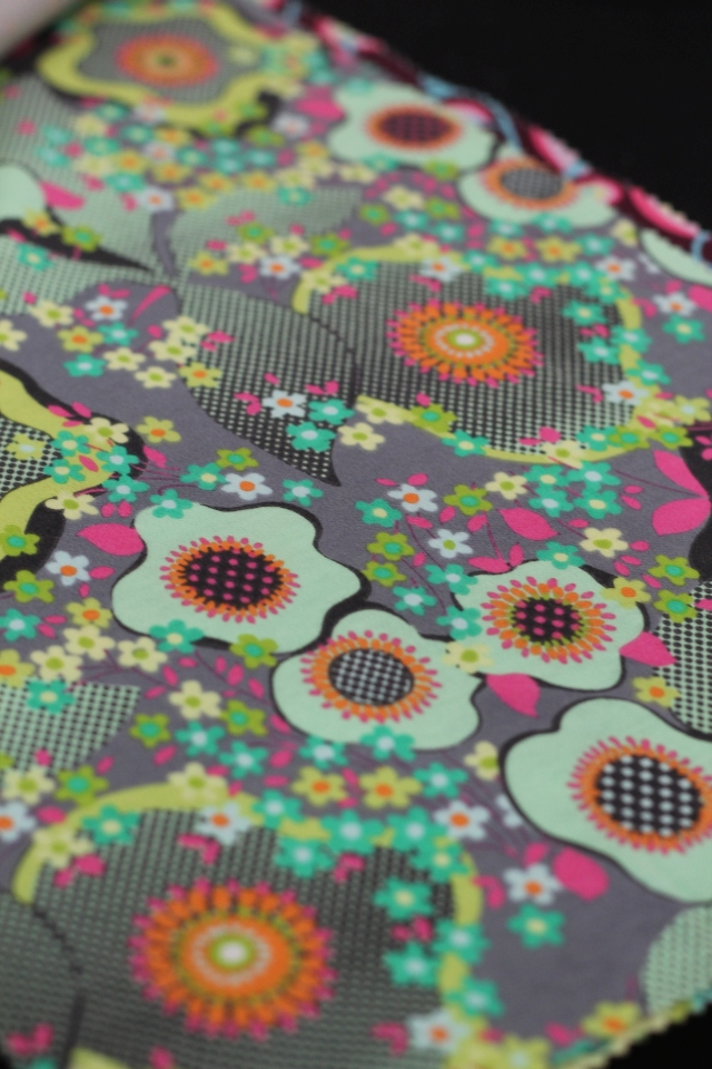 Violette Knit 2