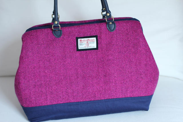 carpet-bag-tweed-13