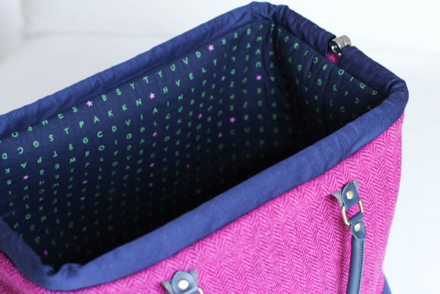 carpet-bag-tweed-15