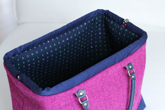carpet-bag-tweed-16